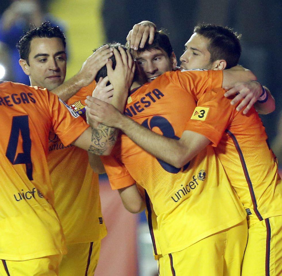 Messi se paseo en Valencia y ya estan a 11 puntos