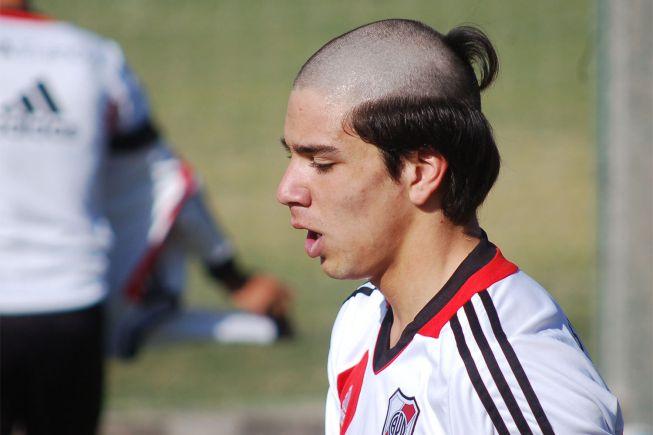 Giovanni Simeone, bautizado como profesional de River Plate ...