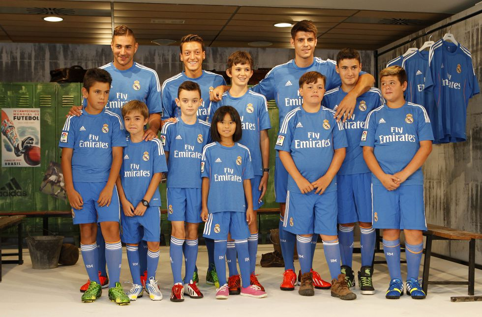http://futbol.as.com/futbol/imagenes/2013/07/25/primera/1374756174_480155_1374756362_noticia_grande.jpg