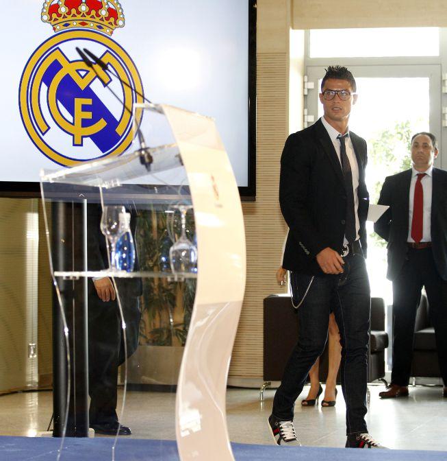 http://futbol.as.com/futbol/imagenes/2013/09/15/album/1379255160_446085_1379255284_album_grande.jpg