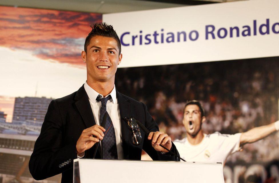 http://futbol.as.com/futbol/imagenes/2013/09/15/album/1379255160_446085_1379255525_album_grande.jpg