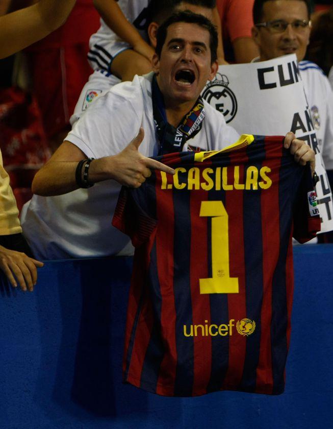 http://futbol.as.com/futbol/imagenes/2013/10/05/album/1380997981_273093_1381001937_album_grande.jpg