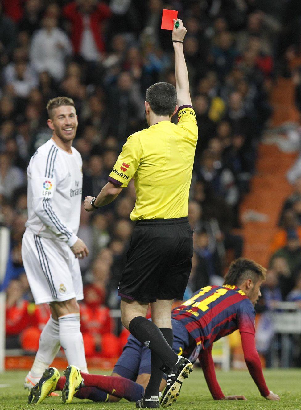 http://futbol.as.com/futbol/imagenes/2014/03/19/album/1395251580_752430_1395612662_album_grande.jpg