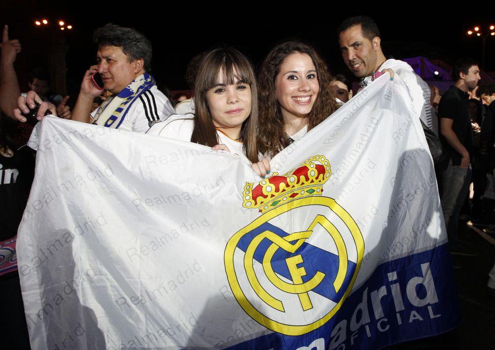 http://futbol.as.com/futbol/imagenes/2014/04/16/album/1397678639_454444_1397688232_album_grande.jpg