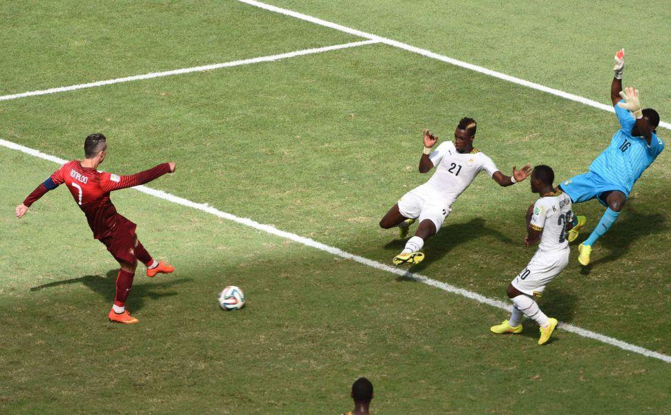 http://futbol.as.com/futbol/imagenes/2014/06/26/album/1403796654_826992_1403804838_album_grande.jpg