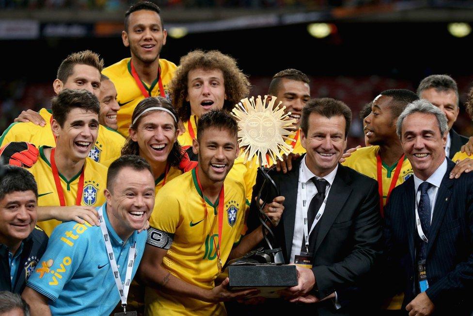 сборная Аргентины, сборная Бразилии, товарищеские матчи
