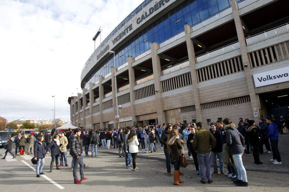 VIOLENCIA EN EL DEPORTE » Muere el hincha del Deportivo tras una pelea con ultras del Atlético 1417360373_431871_1417360430_noticia_grande