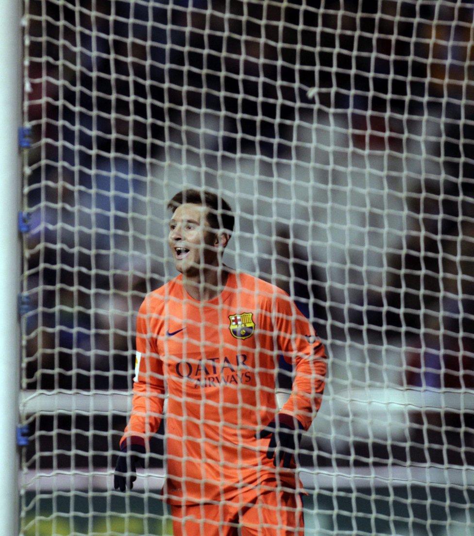 صور : مباراة ديبورتيفو لاكورونيا - برشلونة 0-4 ( 18-01-2015 )  1421593265_211751_1421607813_album_grande