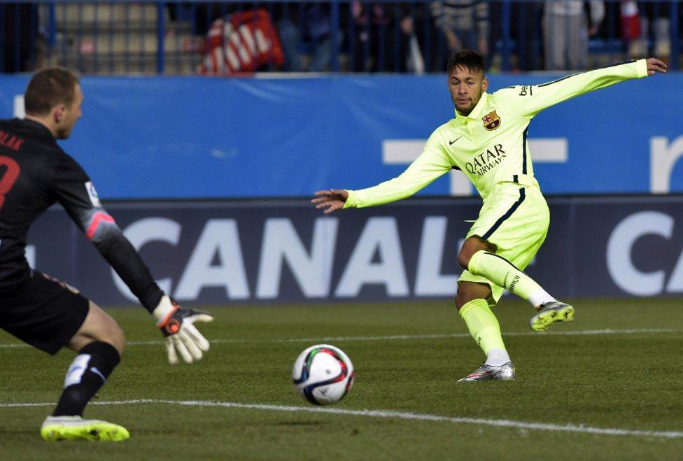 صور : مباراة أتليتيكو مدريد - برشلونة 2-3 ( 28-01-2015 )  1422473923_118684_1422476657_album_grande