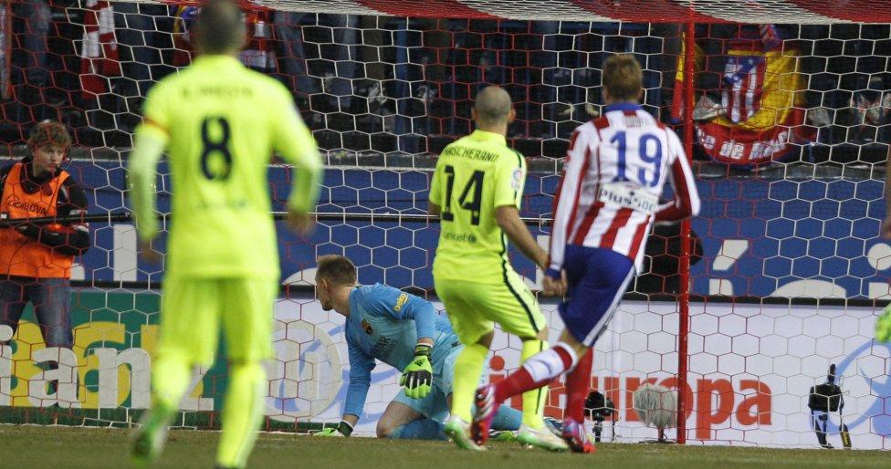 صور : مباراة أتليتيكو مدريد - برشلونة 2-3 ( 28-01-2015 )  1422473923_118684_1422478768_album_grande