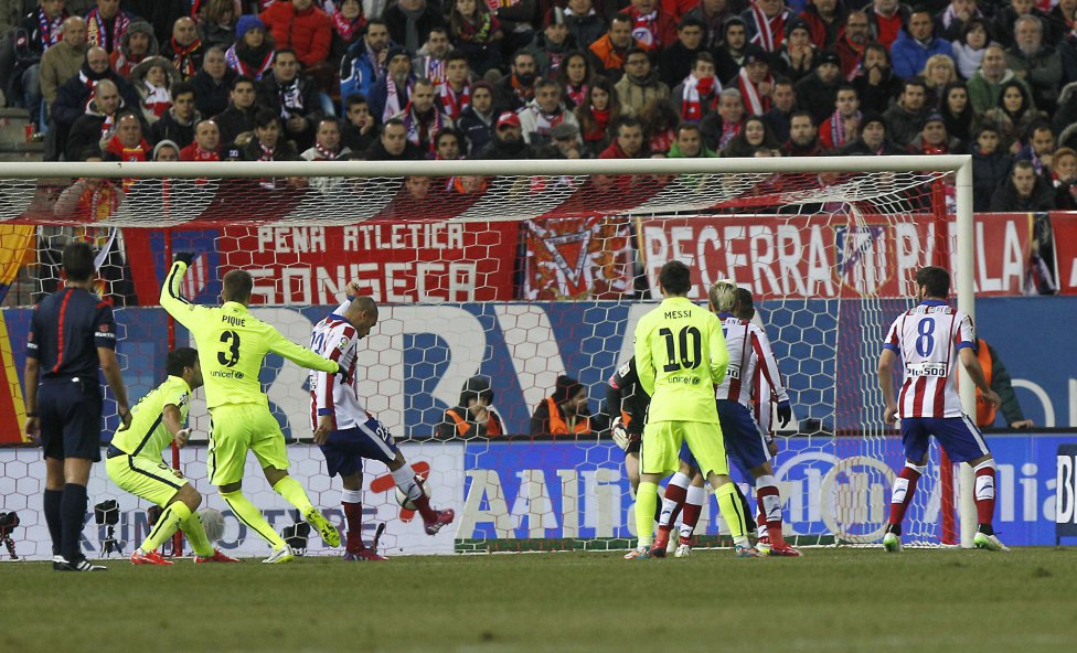 صور : مباراة أتليتيكو مدريد - برشلونة 2-3 ( 28-01-2015 )  1422473923_118684_1422481745_album_grande