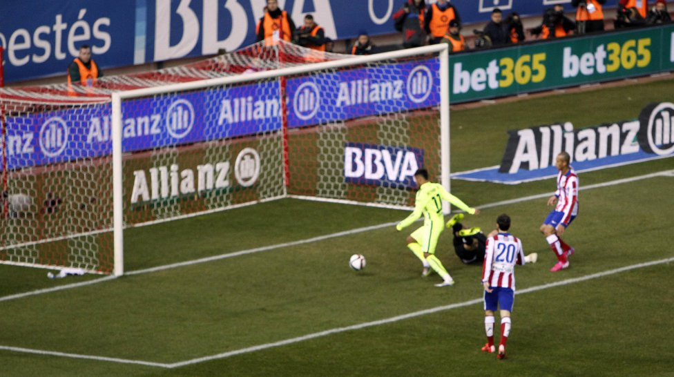 صور : مباراة أتليتيكو مدريد - برشلونة 2-3 ( 28-01-2015 )  1422473923_118684_1422482075_album_grande