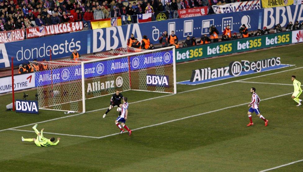 صور : مباراة أتليتيكو مدريد - برشلونة 2-3 ( 28-01-2015 )  1422473923_118684_1422482077_album_grande