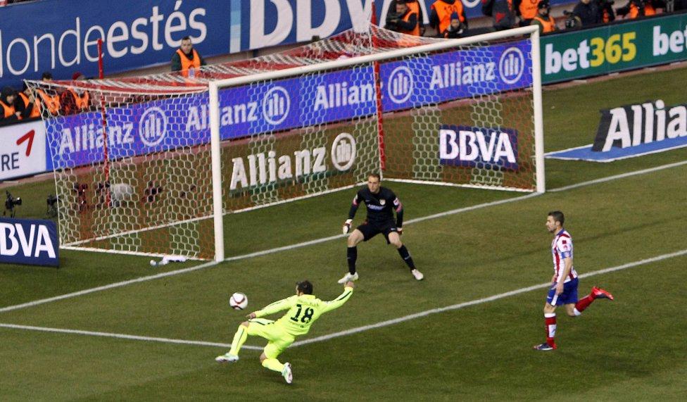 صور : مباراة أتليتيكو مدريد - برشلونة 2-3 ( 28-01-2015 )  1422473923_118684_1422482078_album_grande