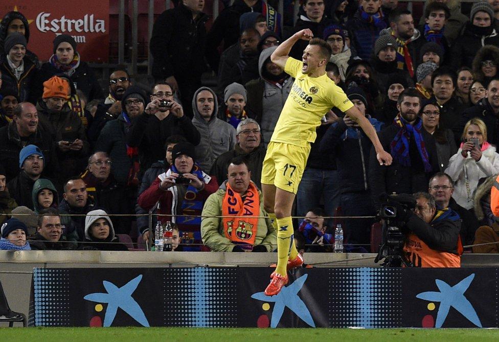 صور : مباراة برشلونة - فياريال 3-2 ( 01-02-2015 ) 1422816718_234988_1422824232_album_grande