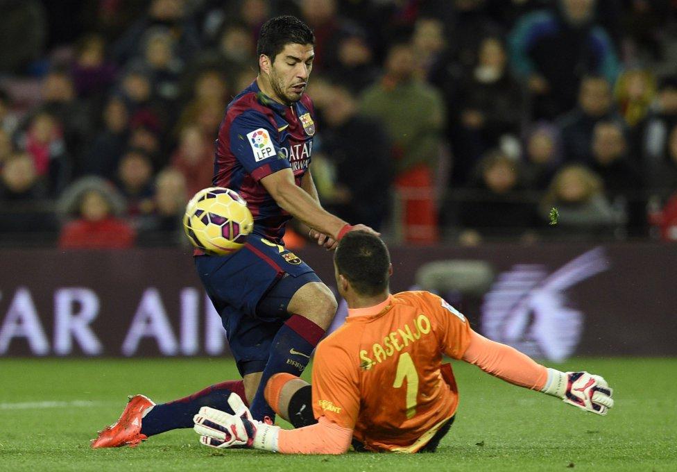 صور : مباراة برشلونة - فياريال 3-2 ( 01-02-2015 ) 1422816718_234988_1422824233_album_grande