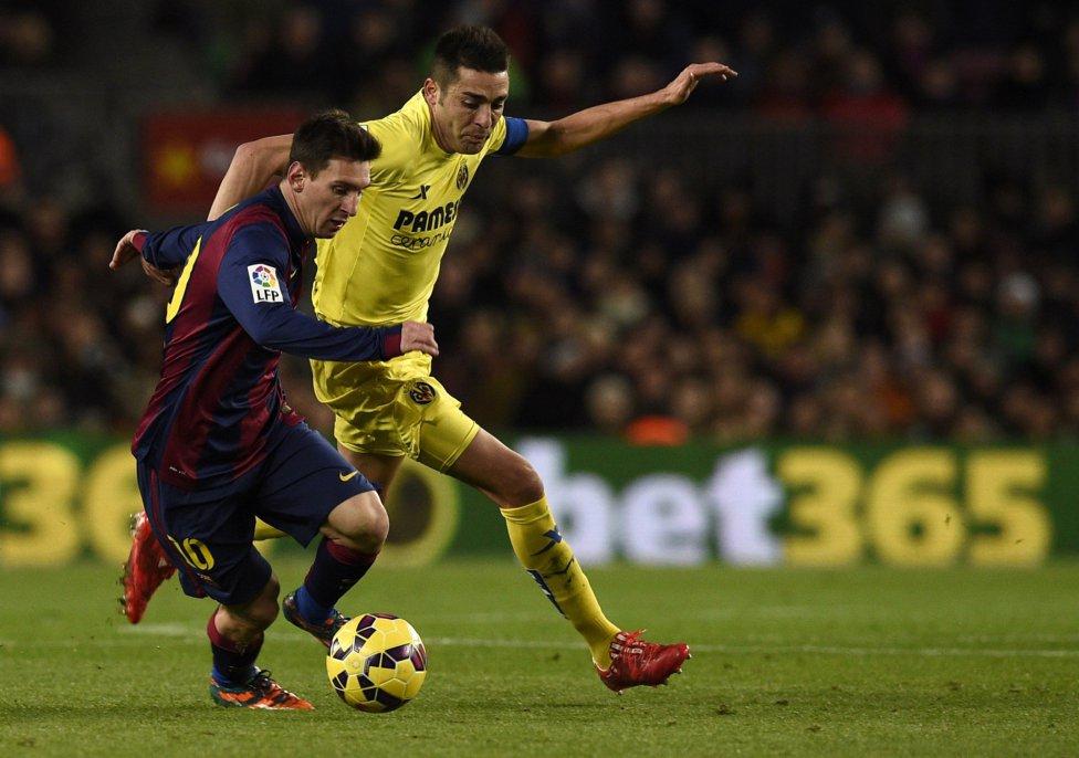 صور : مباراة برشلونة - فياريال 3-2 ( 01-02-2015 ) 1422816718_234988_1422825530_album_grande