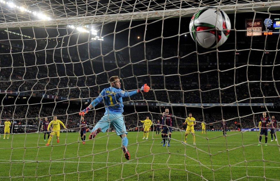 صور : مباراة برشلونة - فياريال 3-1 ( 11-02-2015 ) 1423680612_532186_1423689317_album_grande