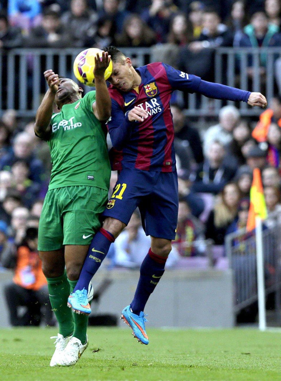 صور : مباراة برشلونة - ليفانتي 5-0 ( 15-02-2015 ) 1424017173_107882_1424019578_album_grande