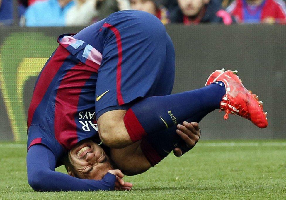 صور : مباراة برشلونة - ملقا  0-1 ( 21-02-2015 )  1424532480_739882_1424537946_album_grande