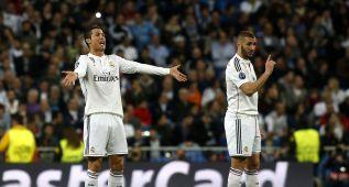Cristiano y Benzema, contrariados.