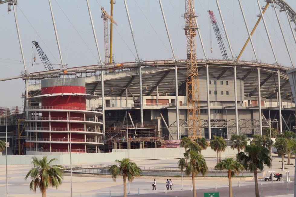 Se regularán los contratos de los trabajadores de Qatar 2022