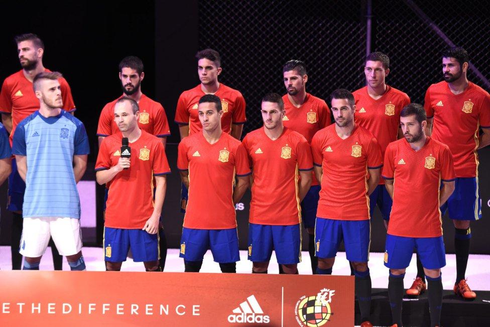 Hilo de la selección de España 1447184193_150877_1447184570_album_grande