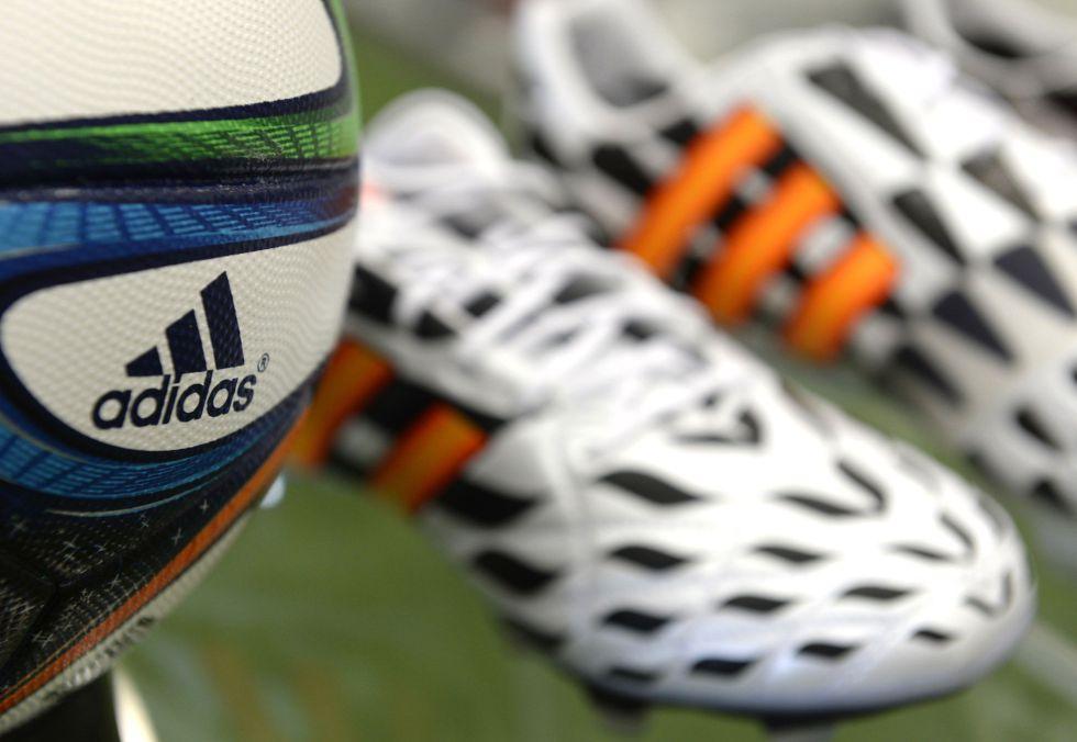 adidas se plantea dejar de patrocinar a la FIFA