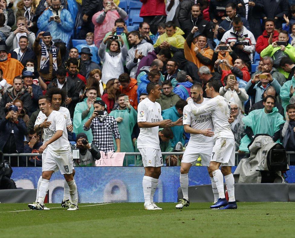Cristiano marca el primer gol del partido.