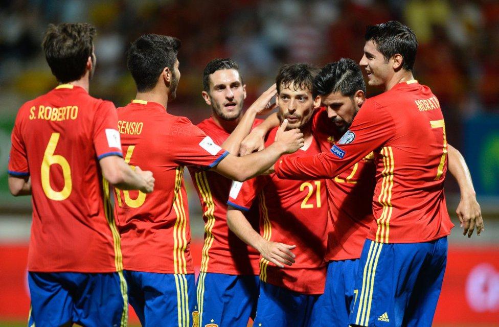 La España de Lopetegui se da un festín