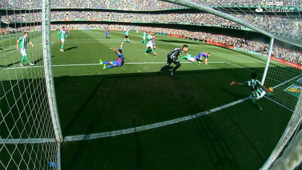 Jugada del gol del Barcelona que no subió al marcador.