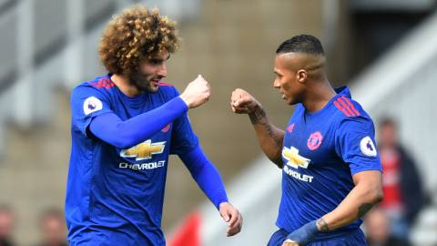 Fellaini y Valencia.