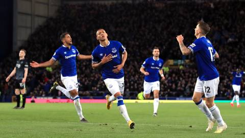03 May 2019, England, Liverpool: Everton's Richarlison (C) celebrates scoring his side's first goal during the English Premier League soccer match between Everton and Burnley at Goodison Park. Photo: Peter Byrne/PA Wire/dpa